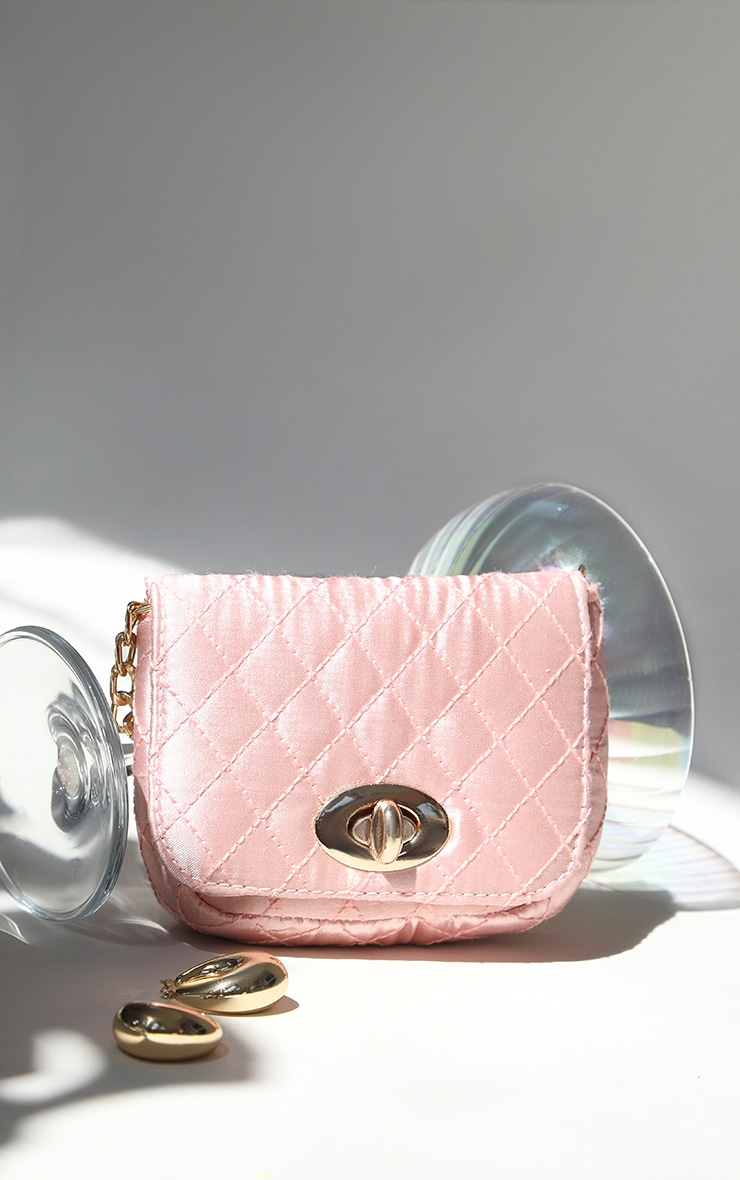 Pink Quilted Bag Gold Chain Belt 2