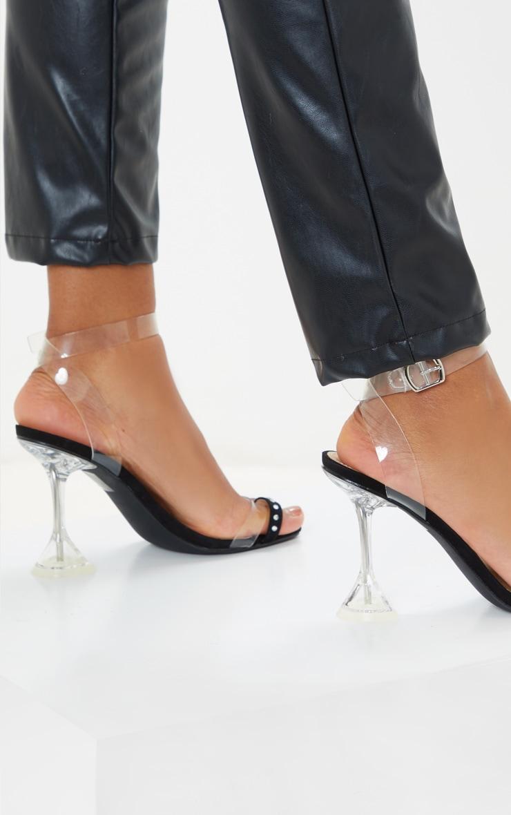 Black Diamante Toe Loop Cake Stand Heeled Sandal 1