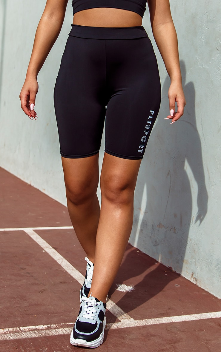 PRETTYLITTLETHING Sport Black Cycle Short 2