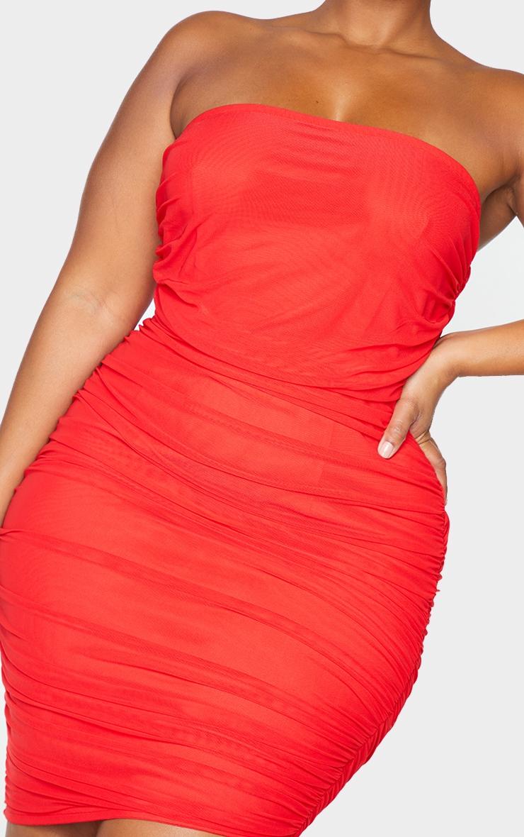 PLT Plus - Robe moulante rouge en mesh superposé froncé sans bretelles 4
