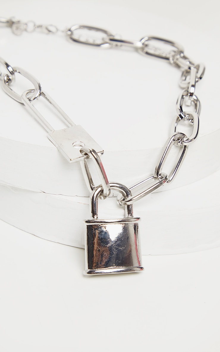 Silver Chunky Short Chain Padlock Necklace 3