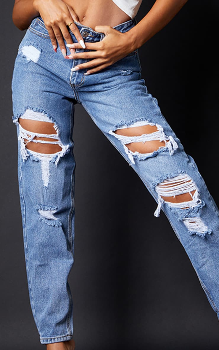 PRETTYLITTLETHING Mid Blue Ripped Mom Jeans 4