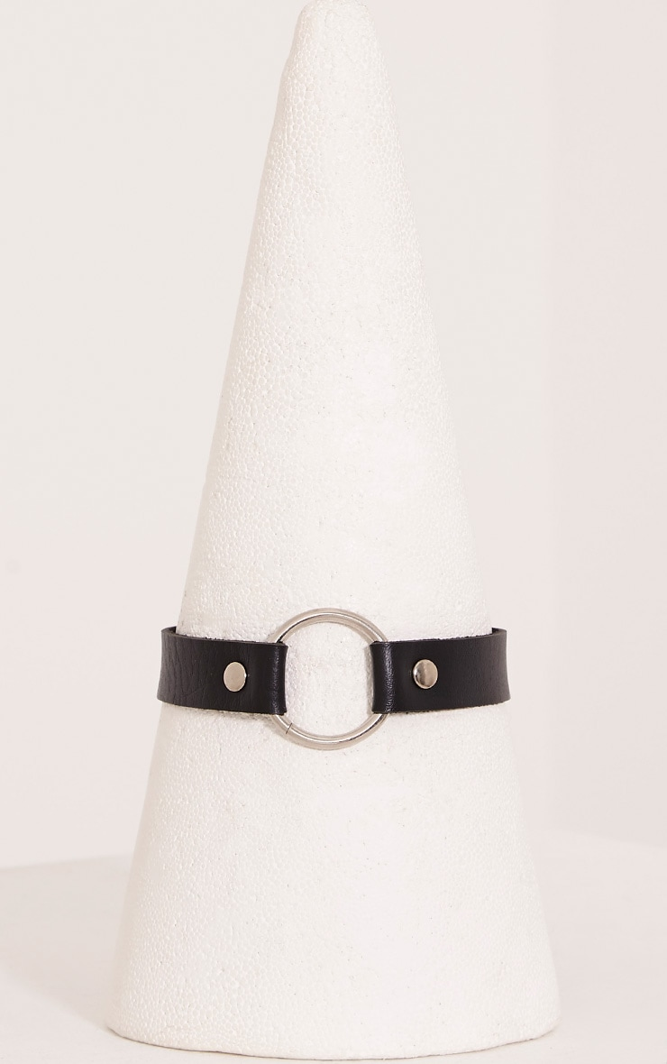 Ariana Black Faux Leather Ring Detail Choker 2