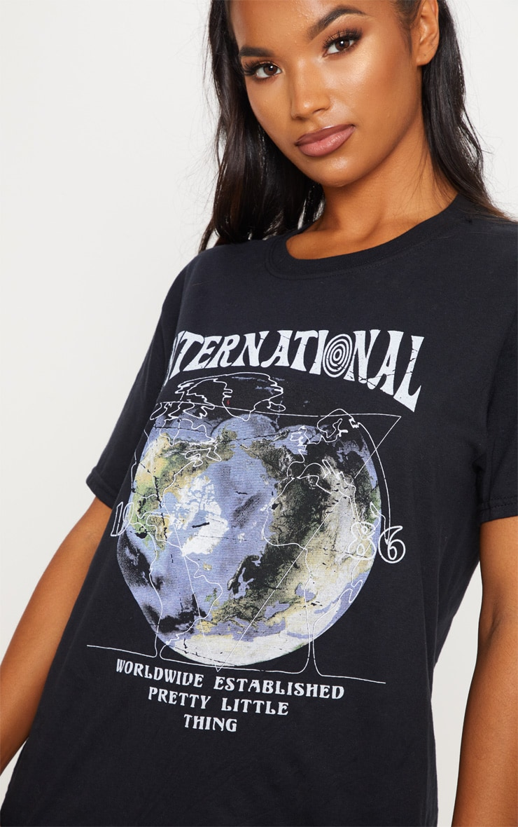 Black International Print Oversized Short Sleeve Tshirt 4