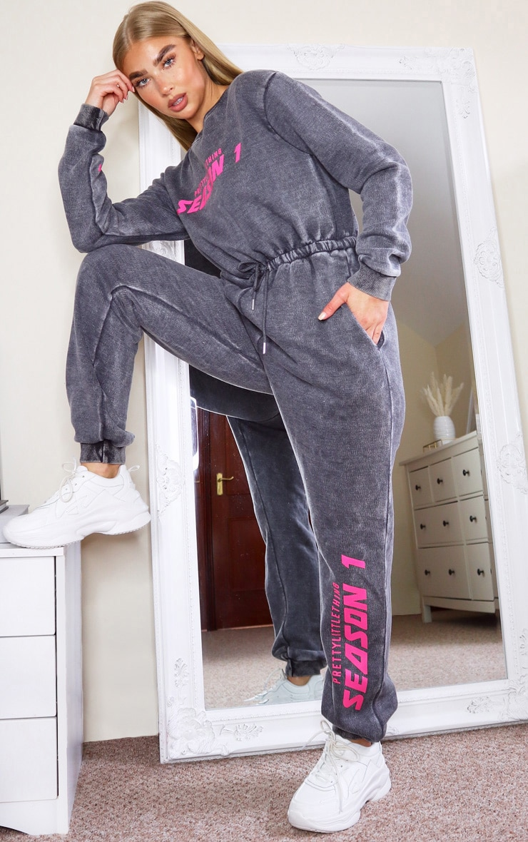 PRETTYLITTLETHING Charcoal Season Printed Sweat Jumpsuit 3