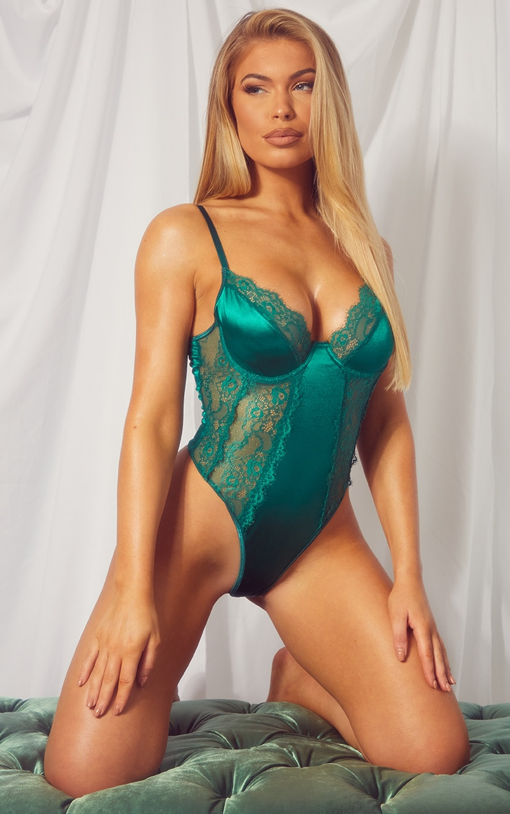 Emerald Green Lace Panel Satin Underwired Body 3