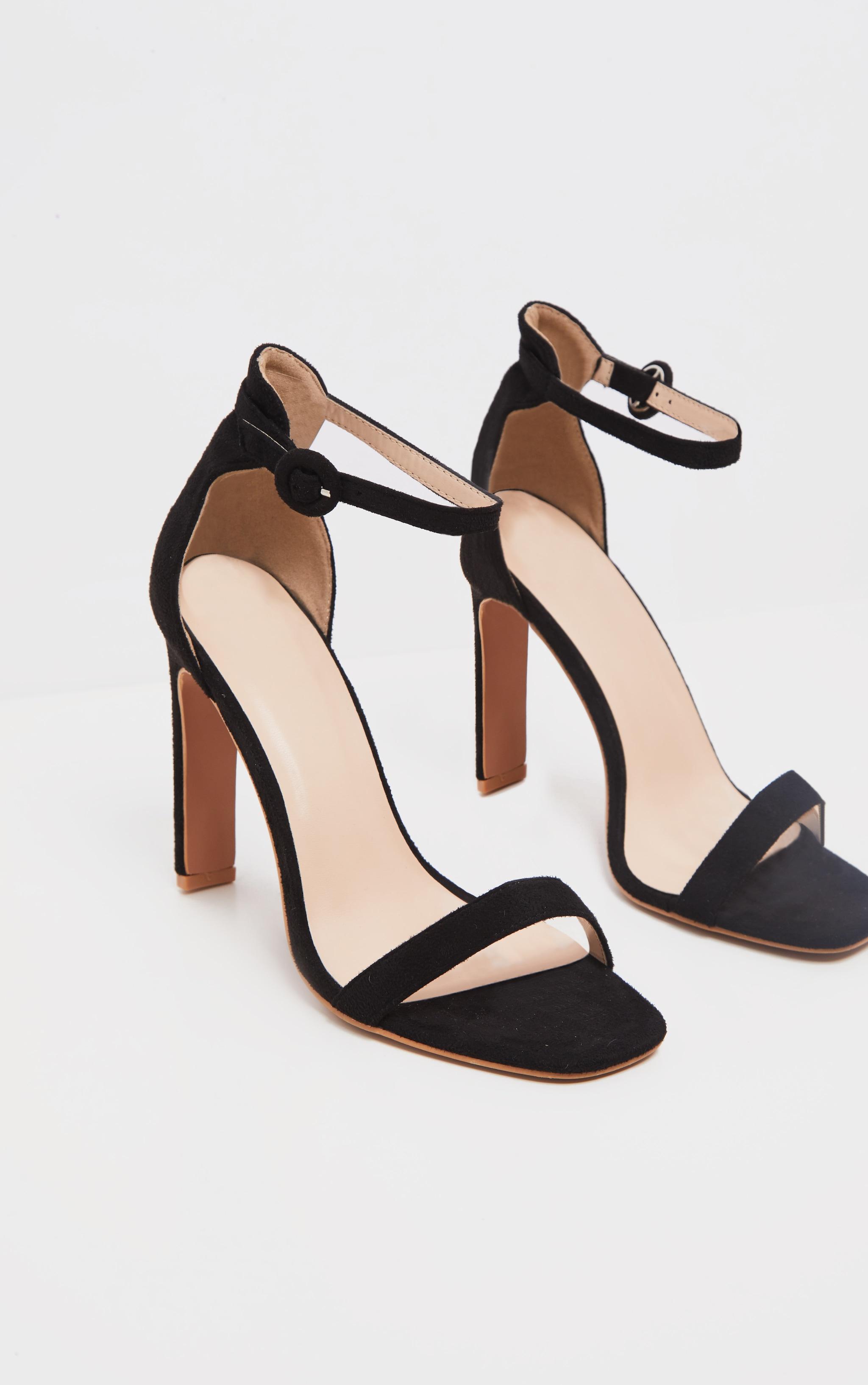 Chaussures noires en suédine à talons fins & plats 3