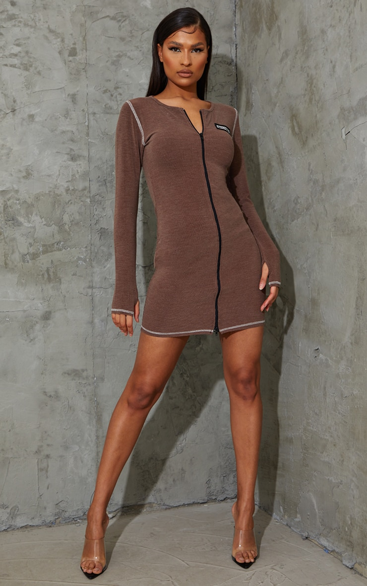 PRETTYLITTLETHING Brown Washed Rib Zip Through Thumb Hole Bodycon Dress 3