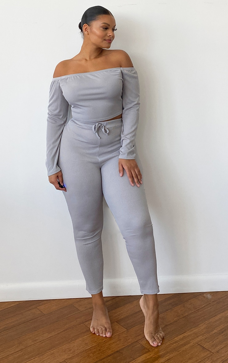 Plus Grey Ribbed Bardot Long Sleeve Crop Top 3