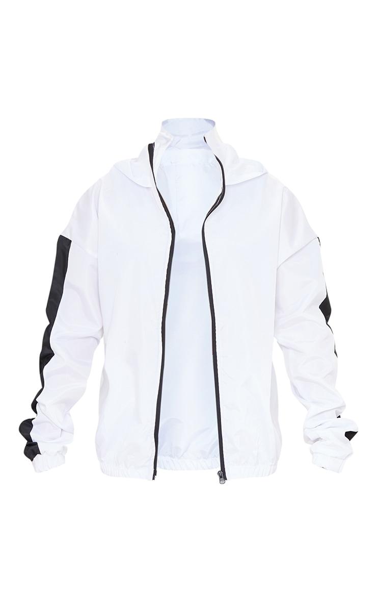 Veste style survêt blanche à capuche et parties contrastantes sur les manches 5