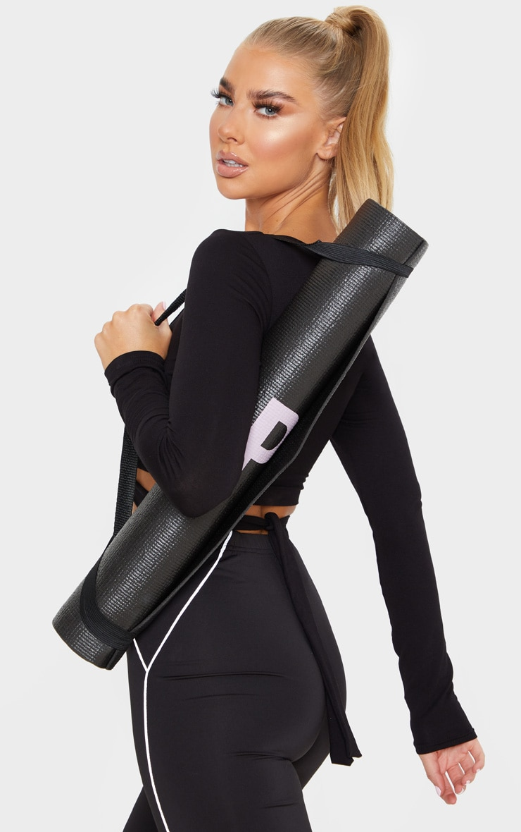 PRETTYLITTLETHING Black Yoga Mat 2