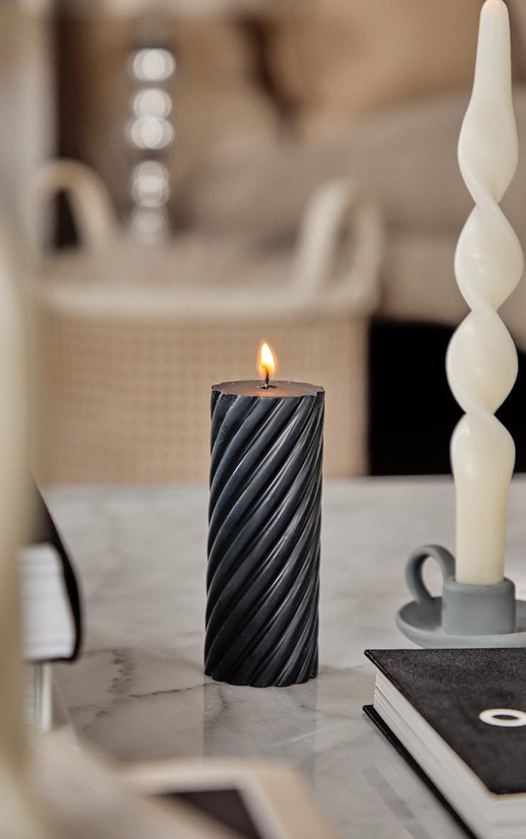 Black Swirl Pillar Soy Wax Candle 12Cm 1