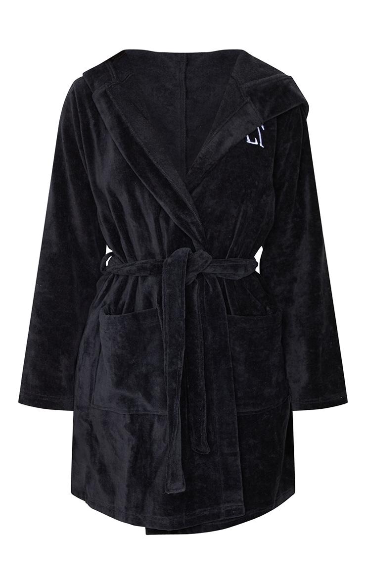 PRETTYLITTLETHING - Peignoir noir en éponge à capuche 5