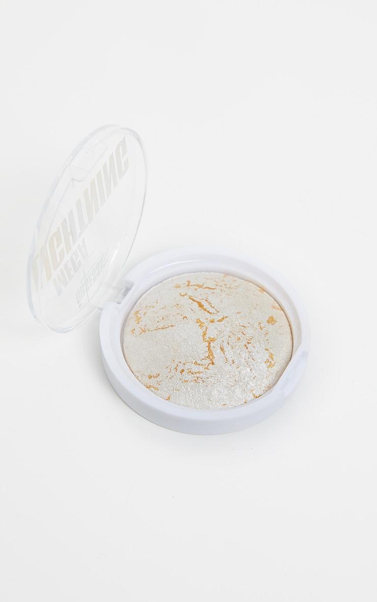 Makeup Obsession Mega Lightning Highlighter 2