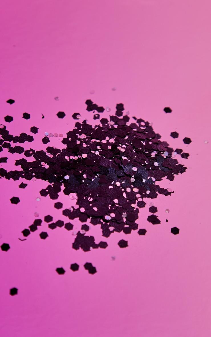 PRETTYLITTLETHING Chunky Black Glitter 4