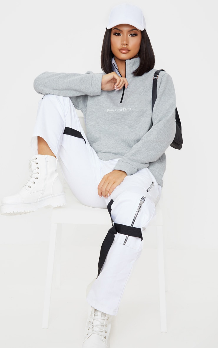PRETTYLITTLETHING Grey Slogan Oversized Zip Front Sweater 4
