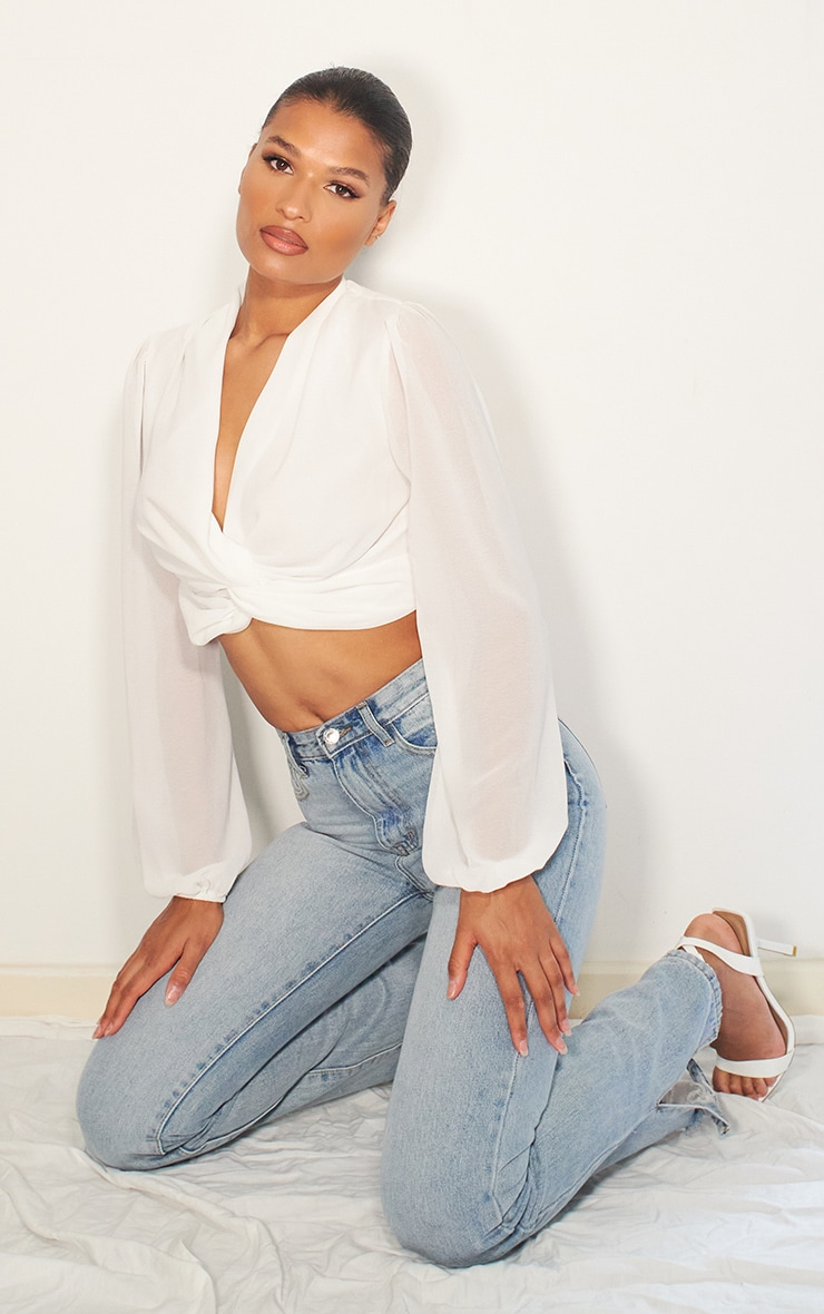 White Woven Twist Front Cropped Blouse 3