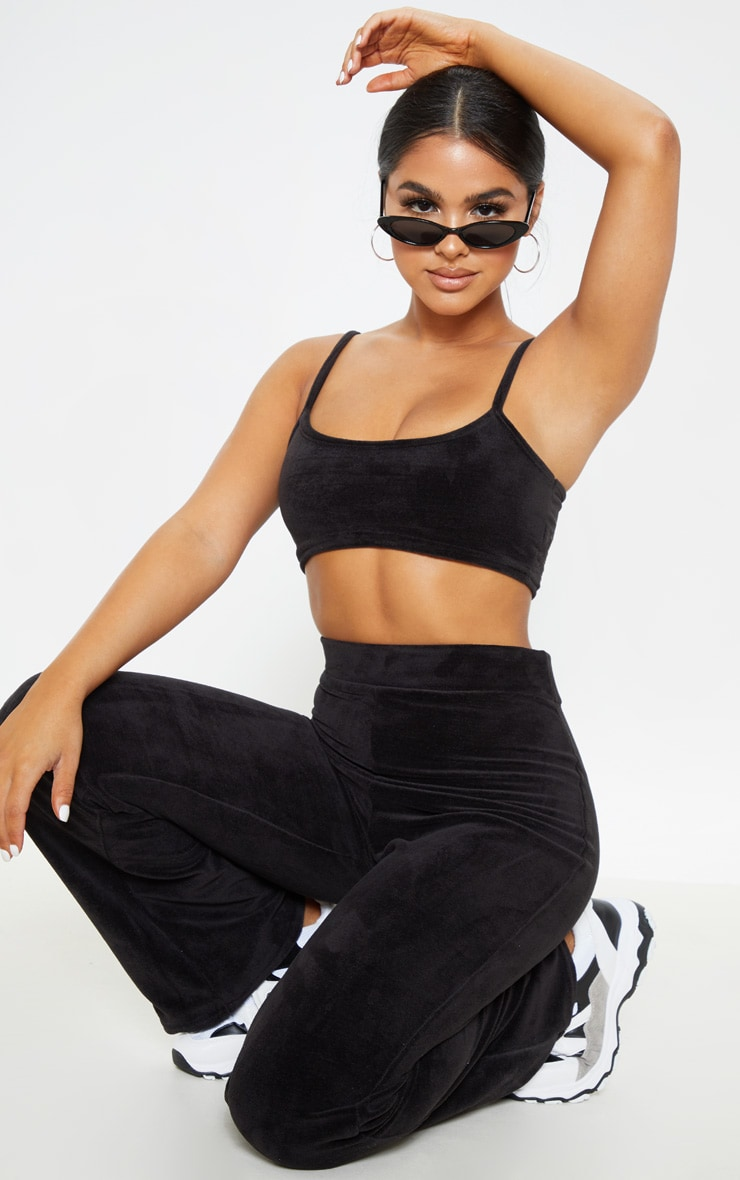 Petite Black Velour Spaghetti Strap Crop Top  4
