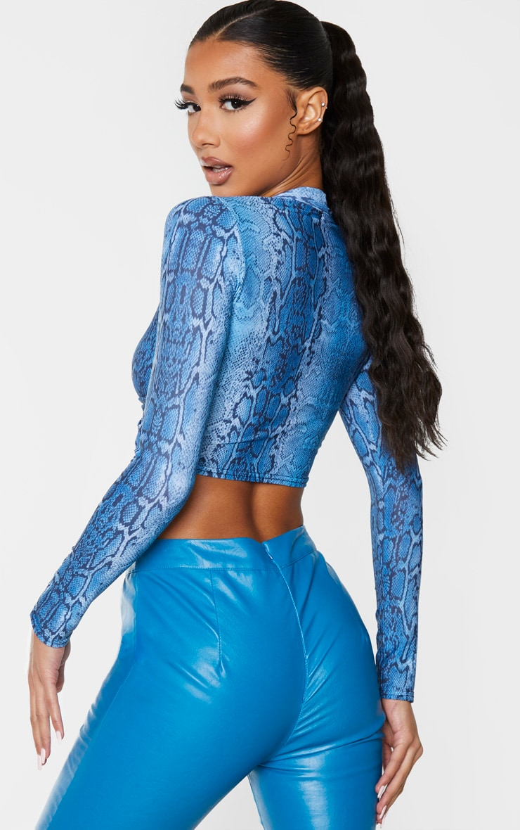 Blue Snake Print Twist Front Long Sleeve Crop Top 2