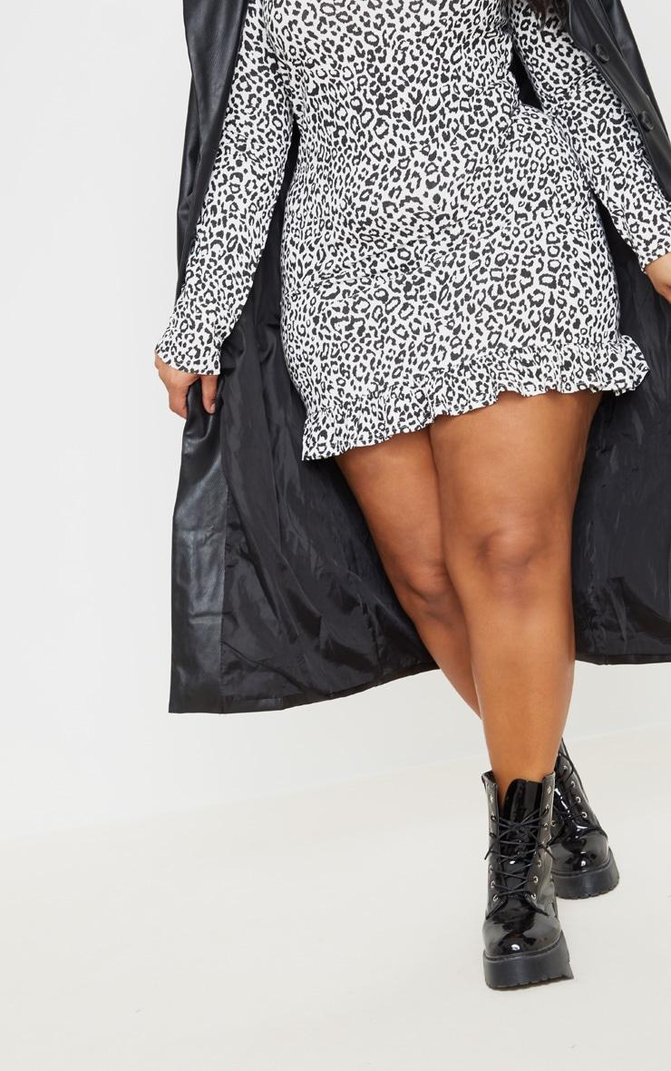 Plus Monochrome Leopard Print Long Sleeve Frill Hem Shift Dress 4