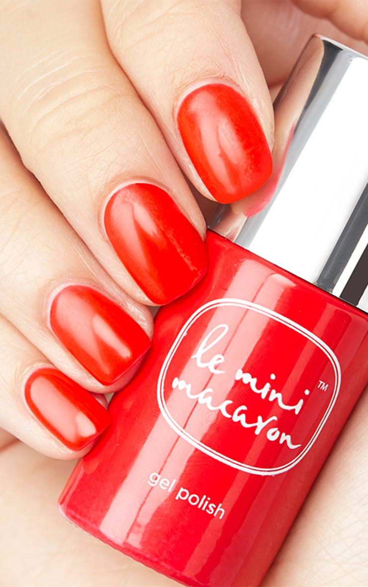 Le Mini Macaron Cherry Red Gel Manicure Kit 2