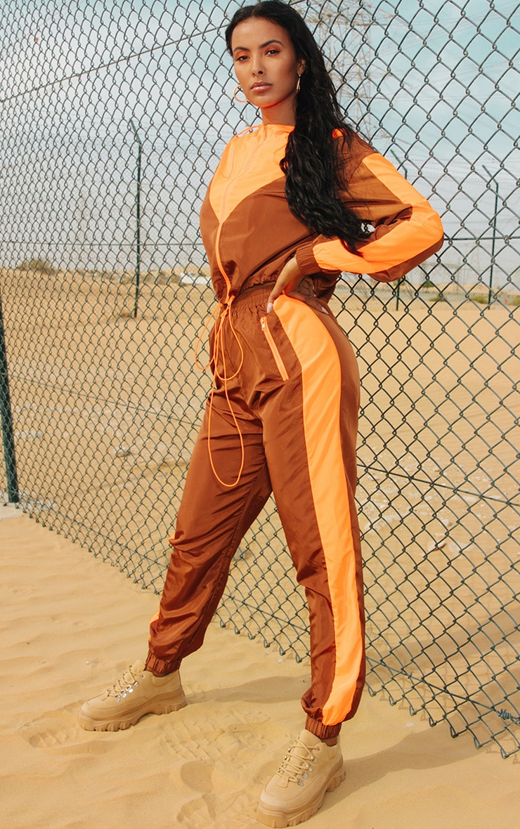 Toffee Panel Shell Joggers 1