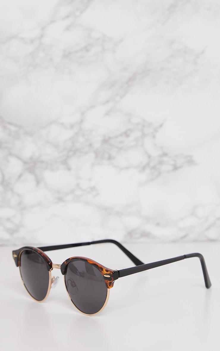 Tortoise Classic Round Retro Sunglasses 3
