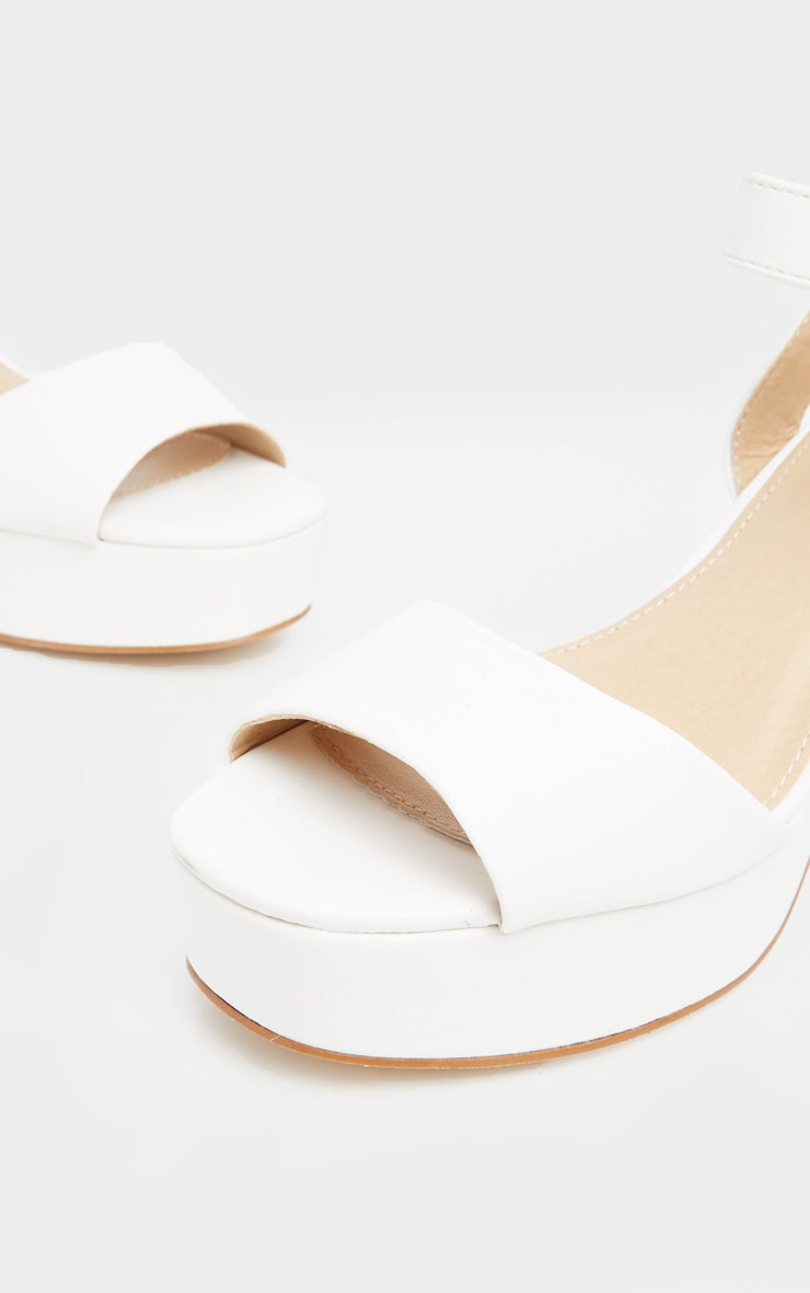 White 70's Platform Chunky Sandal 4