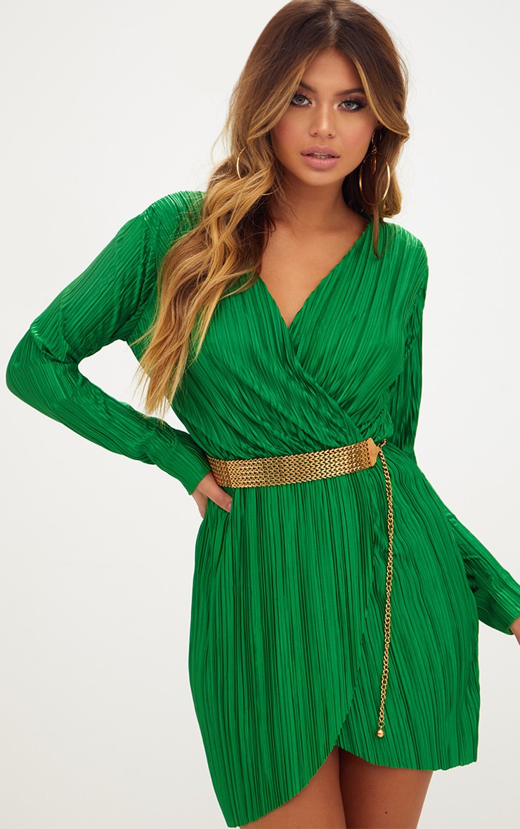 a9698235216f Green Long Sleeved Plunge Pleated Wrap Dress | PrettyLittleThing AUS
