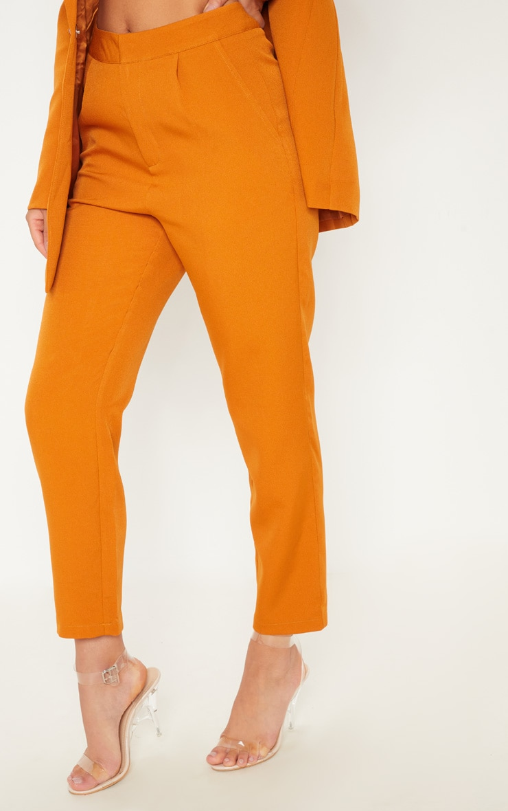 Pantalon de tailleur moutarde court 2