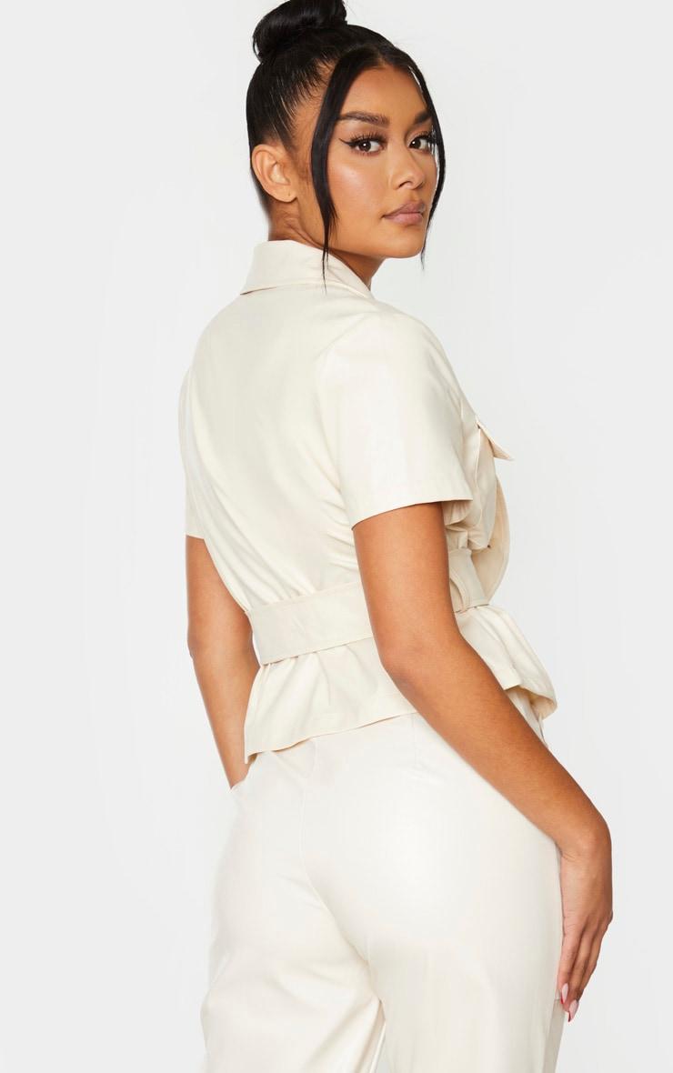 Chemise manches courtes en similicuir crème à ceinture 2