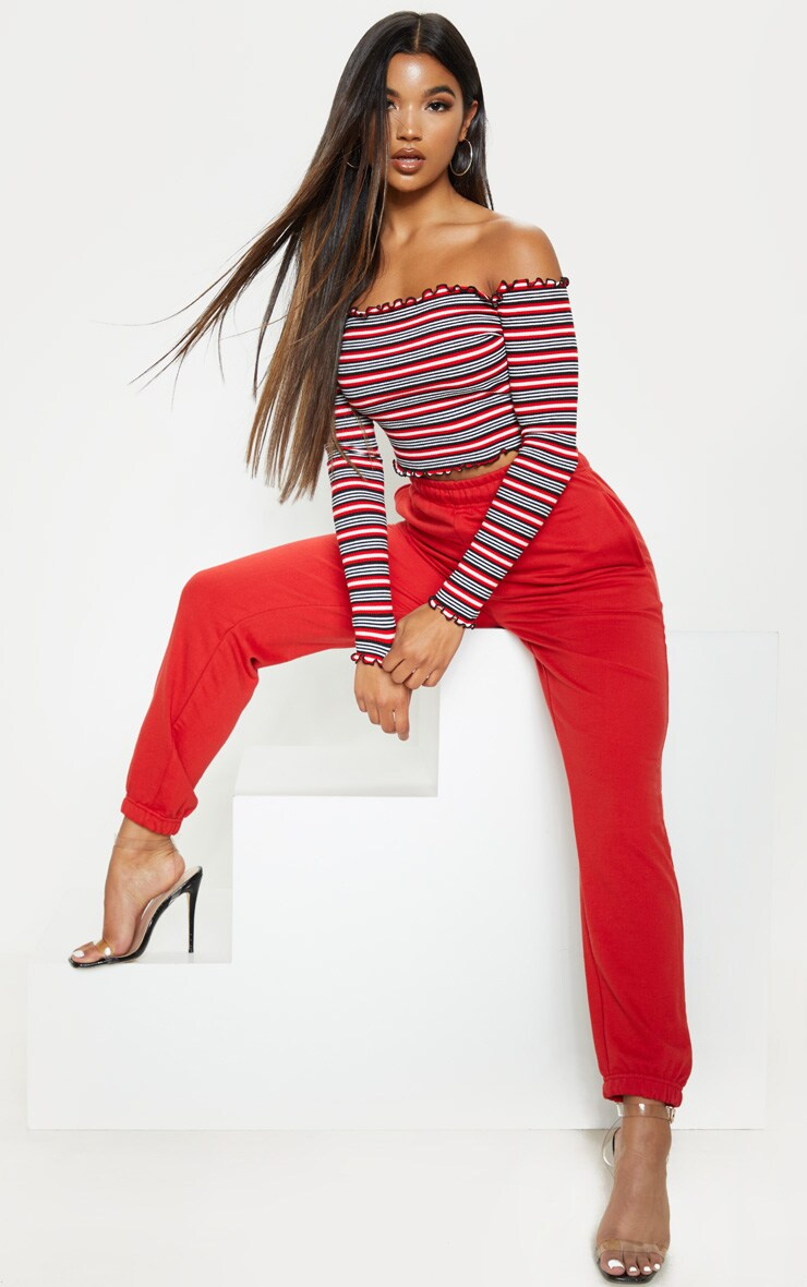 Crop top en jersey rouge à rayures et volants 4