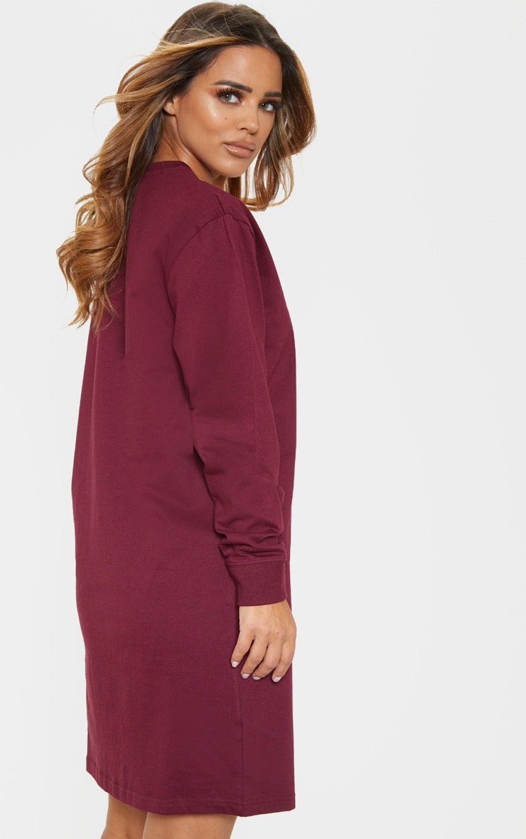 PRETTYLITTLETHING Petite Burgundy Slogan Long Sleeve Dress  2