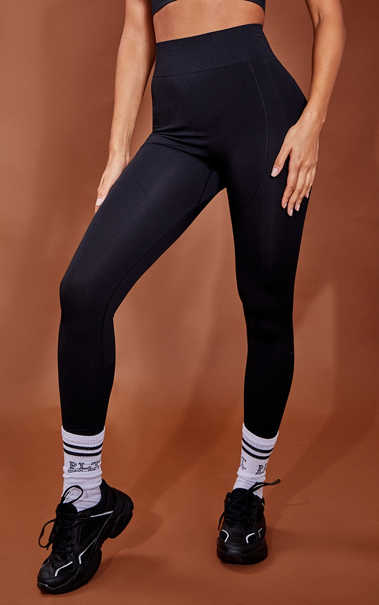 PRETTYLITTLETHING Black Contour Cropped Seamless Gym Leggings 2