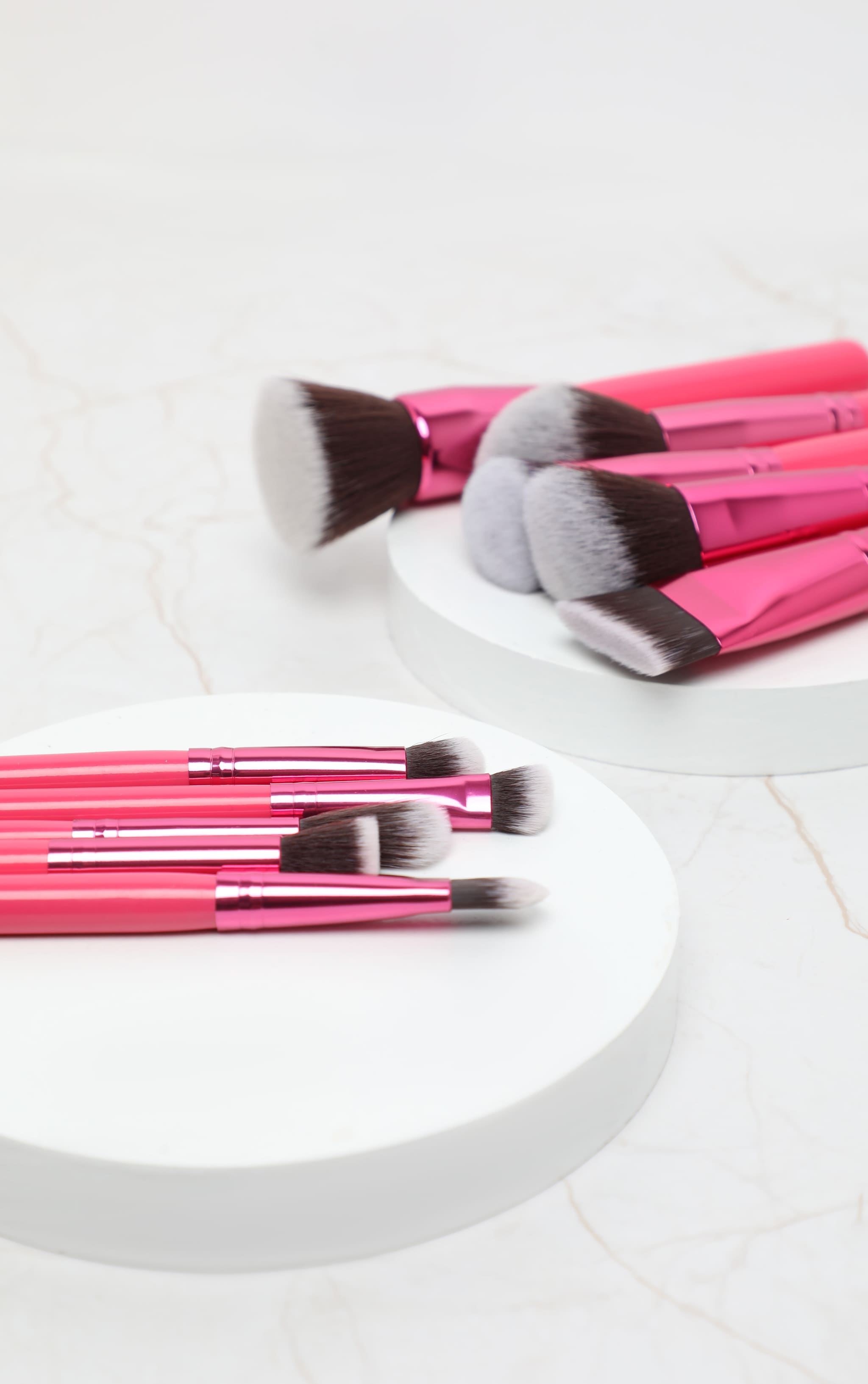 BH Cosmetics Sculpt & Blend Fan Faves 10 Piece Brush Set 2