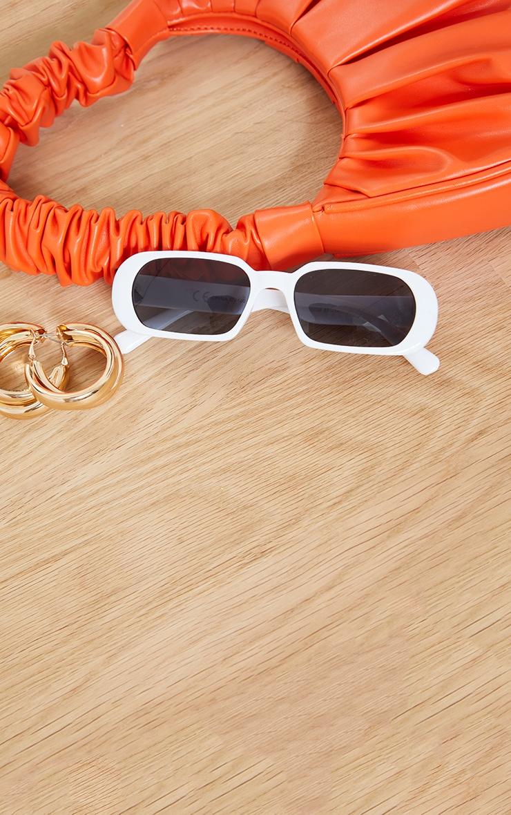 White Round Frame Slim Sunglasses 2