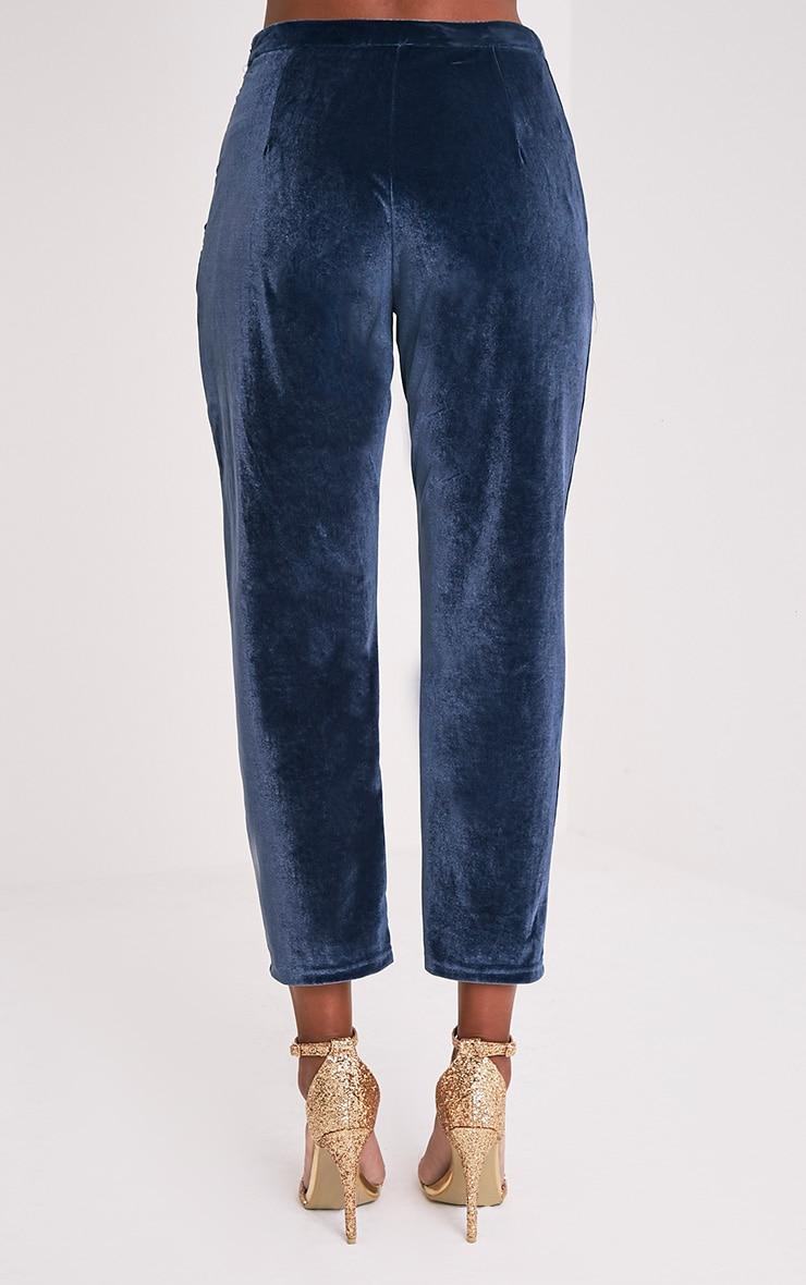 Tasmine pantalon cigarette bleu en velours 7