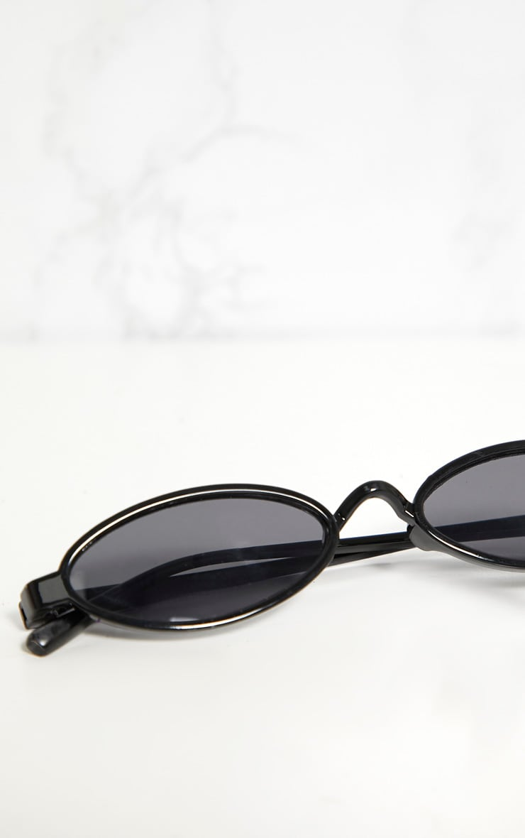 Black Small Oval Sunglasses 4