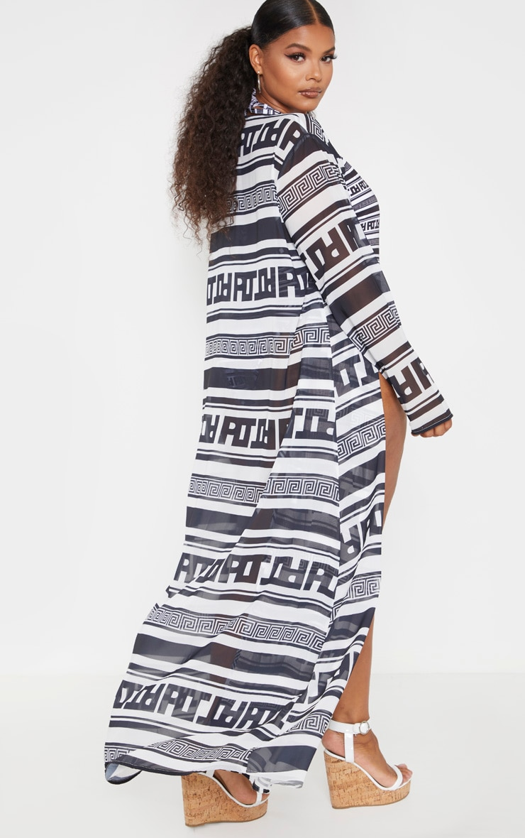 PRETTYLITTLETHING Plus Monochrome Greek Stripe Maxi Kimono 2