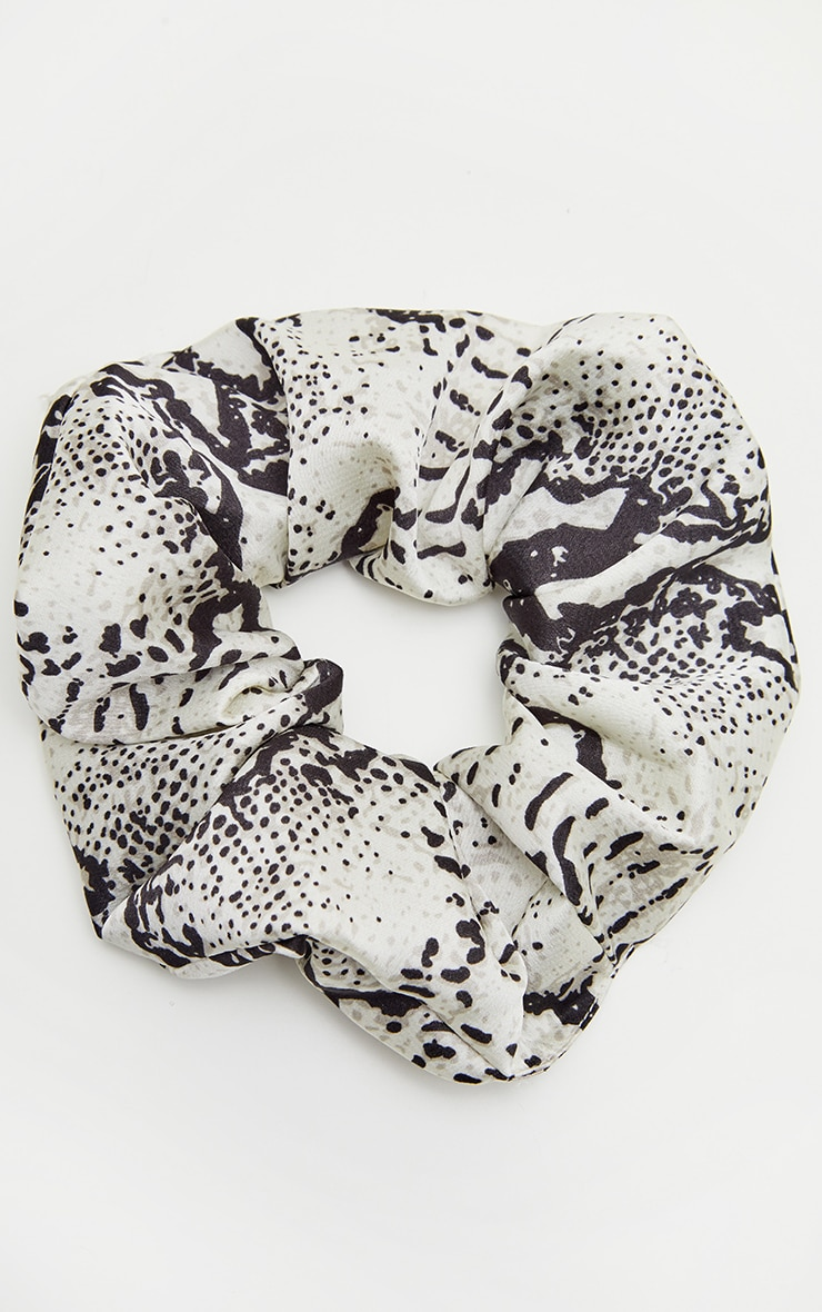 Black Snake Print Scrunchie 2