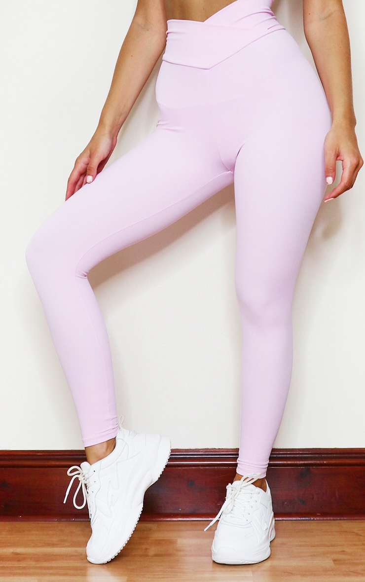 PRETTYLITTLETHING Baby Pink Sculpt Luxe Ruched Bum Gym Legging 2