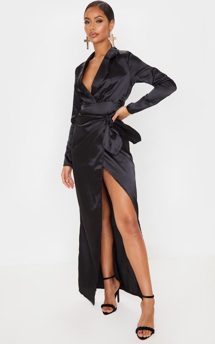 Robe longue satinée noire à détail cache-coeur 4