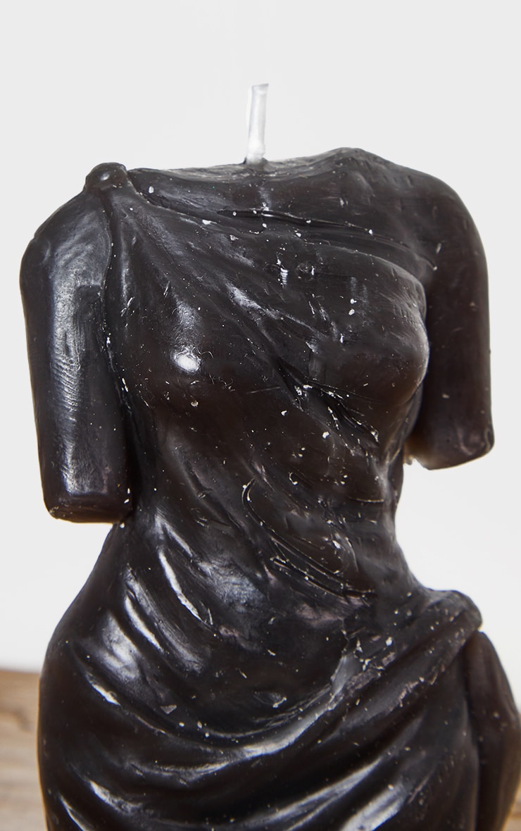 Black Amber Scented Aphrodite Candle 4
