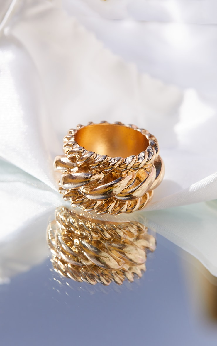 Gold Chunky Chain Detail Ring 1