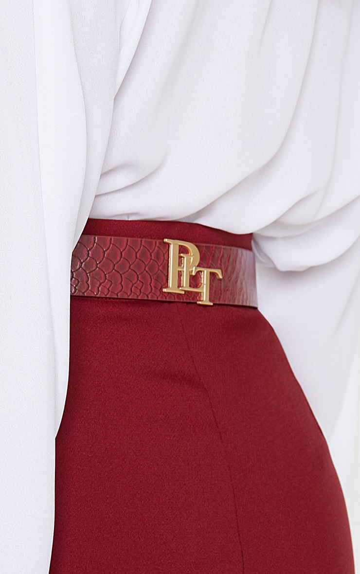 PRETTYLITTLETHING Logo Buckle Burgundy Croc Belt 1