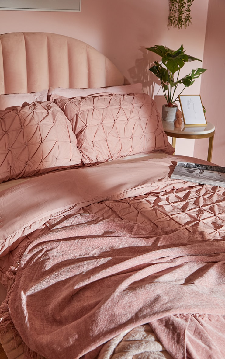 Dusty Pink Ruched Pin Tuck King Duvet Set 2