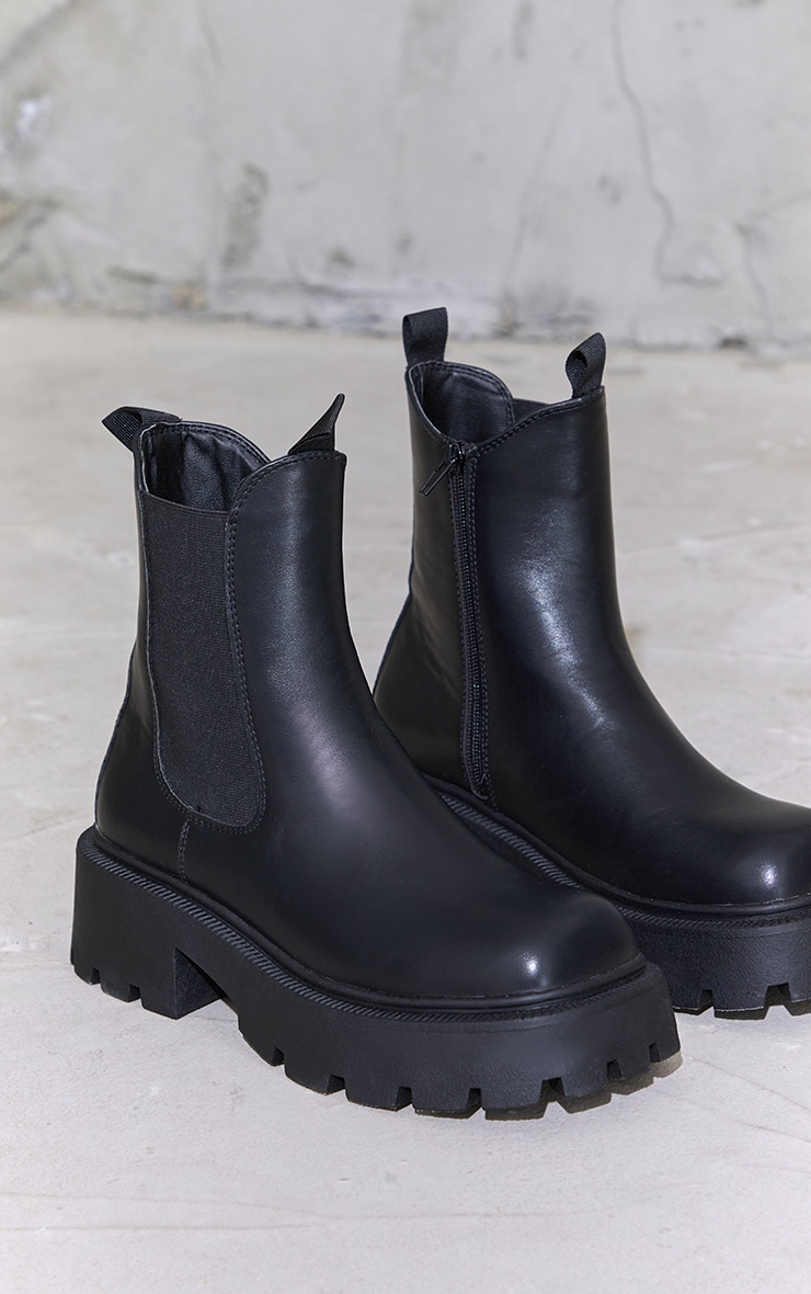 Black Chunky Chelsea Boots 3