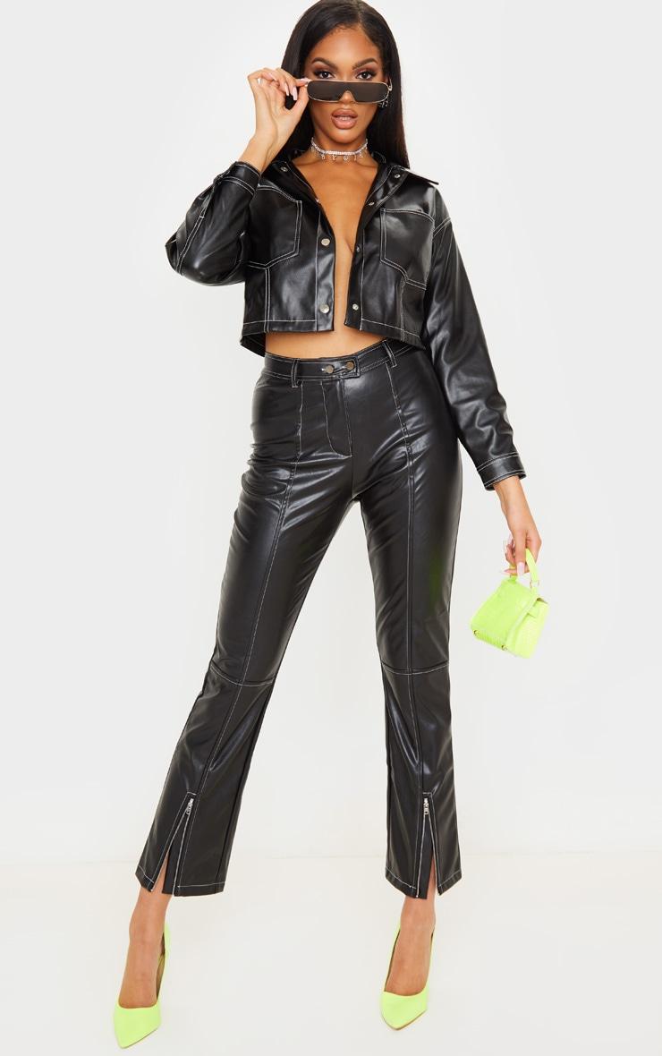 Pantalon droit en similicuir noir profond à coutures contrastantes 1