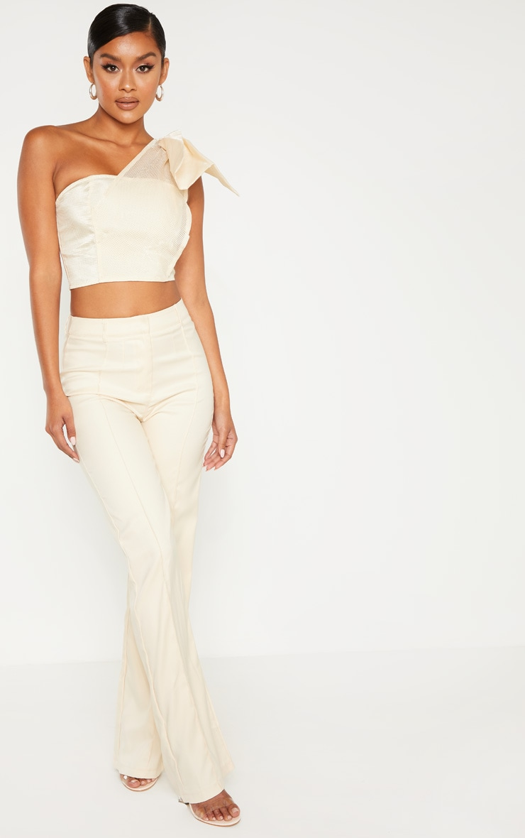 Cream Textured One Shoulder Bow Detail Bandeau Crop Top 4