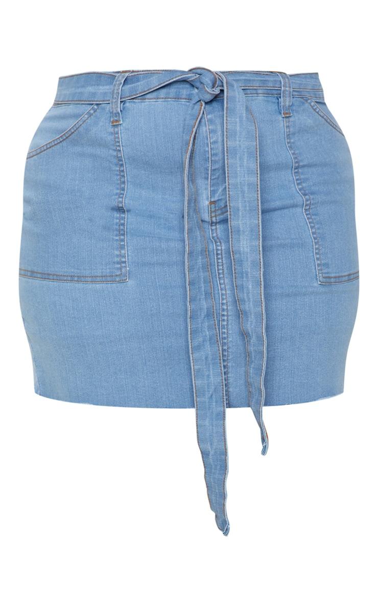 Plus Light Wash Belt Detail Fray Hem Denim Skirt  3